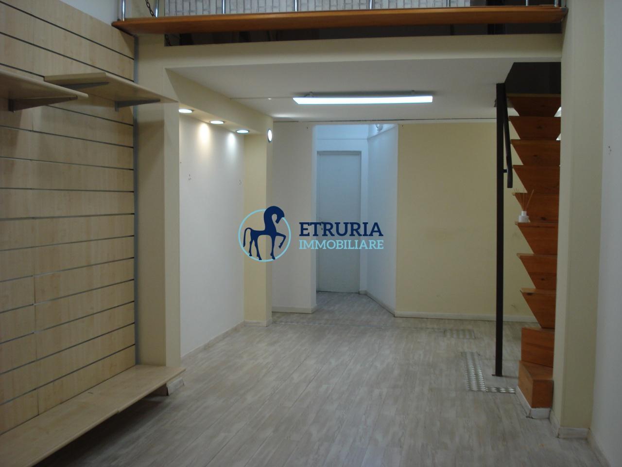 FONDO COMMERCIALE AFFITTO Pistoia  Centrale